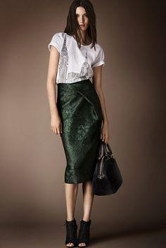 #Burberry Prorsum pre #fall2014, #fashion #moda  http://www.studyofstyle.com/articulos/burberry-prorsum-pre-colecci%C3%B3n-oto%C3%B1o-invierno-2014