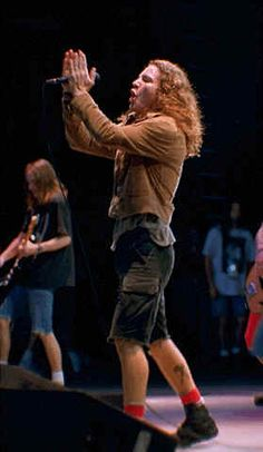How About a Pearl Jam Obscure Fact Repository - Page 5 - Pearl Jam ...