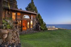 Dragon House, Big Sur