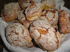 Pretzel Desserts, Portuguese Desserts, Cooking Recipes, Healthy Recipes, Latin Food, Vintage Recipes, Sweet Bread, Baked Goods, Chocolate