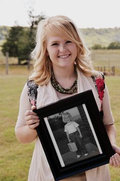 Cute senior photo idea! Picture of me on my last first day of school holding a picture of my on my first day of kindergarden!