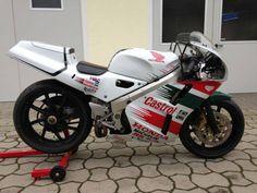fun: Honda (Germany) - Rare SportBikes For Sale Honda Vtec, Dual Clutch Transmission, Japanese Market, Honda Bikes, 100 Fun, Moto Bike, Sportbikes, Racing Motorcycles, Vintage Bikes