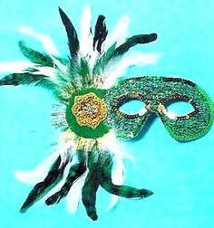 Carnival in the Caribbean Arubian Sweetheart Feather and Gold Glitter Eye Mask #BAC