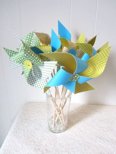 vintage carnival centerpiece | Centerpiece Pinwheels by LeahRHood on Etsy
