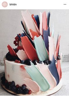 """You Need To See How These Gorgeous """"Brushstroke"""" Cakes Are M.- You Need To See How These Gorgeous """"Brushstroke"""" Cakes Are Made 9 Beautiful Chocolate """"Brushstroke"""" Cakes – Creative Cake Decorating Ideas - Crazy Cakes, Fancy Cakes, Cute Cakes, Pretty Cakes, Beautiful Cakes, Amazing Cakes, Amazing Birthday Cakes, Cake Birthday, Crazy Birthday Cakes"""