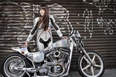 MOTORCYCLE WOMAN -オートバイのある人生- Special 古澤 恵[モデル]後編 NAVI ON THE WHEELS