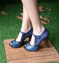 Chie Mihara: blue pumps. Online shoes' store:: Shoes store +34 966 980 415