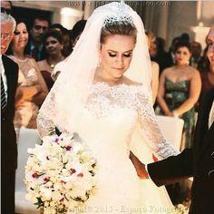 Lorena  #vestidosdenoiva #casamento #wedding #bride #noiva #weddingdress #weddingdresses #bridal