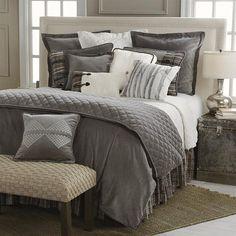 HiEnd Accents Whistler 4-Piece Queen Comforter Set