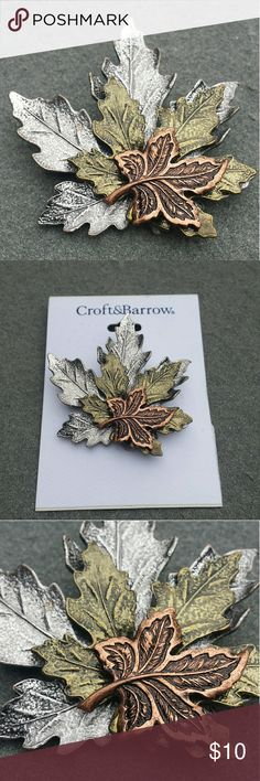 ❄🎄Fall Pendent Comes with white gift box croft & barrow Jewelry Brooches