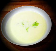 zuppa di sedano e formaggio blu