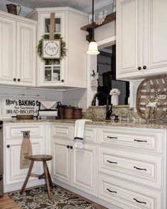 123 cozy and chic farmhouse kitchen cabinets ideas (64)
