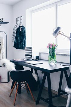 Fashion Blogger Home Office, stylisches Home Office, Büro für Zuhause, Workspace einrichten, Einrichtungsideen Home Office, Arbeitsbereich Zuhause, Interior Blog, Interior Magazin, www.whoismocca.com