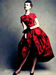Black & Red #beautiful #pretty #colorful #love #rose #heart #fashion #style #stylish #inspiration