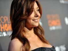 I'm digging the red. Beautiful Inside And Out, Alyson Hannigan, Hair Color, Celebs, Long Hair Styles, American, People, Beauty, Instagram