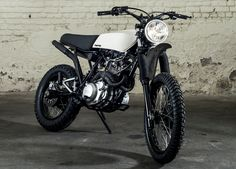 Marvelous Image of Scrambler Motorcycle Ideas. Over the past few years we've seen the re-emergence of some old style designs, like restaurant racers and flat trackers, however none of them have cre. Ducati Scrambler Sixty2, Yamaha Motorcycles, Cafe Racer Motorcycle, Custom Motorcycles, Bmw R100, Bicycle Pictures, Super Bikes, Bike Life, Cool Bikes