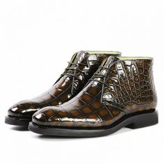 Alligator leather lace up chukka boots for Men. Alligator chukka boots can be a perfect choice for men who want to have easy to wear and protective pair of shoes to use. Winter Fashion Boots, Mens Boots Fashion, Fashion Hats, Winter Boots, Handmade Leather Shoes, Leather And Lace, Expensive Mens Shoes, Gentleman Shoes, Big Men Fashion