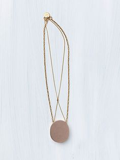 SIGNET+NECKLACE+IN+BRASS+ROSE+GOLD