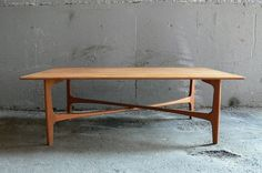 Dux coffee table. Love the base.