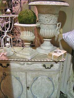 urns, moss & garden gates