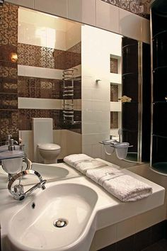 I like the angle of the sink for great use of space in a small bathroom