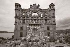 Bannermans Castle by Shaun O;Boyle