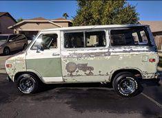 Chevy Vans, Rat Look, Cool Vans, 70s Style, Custom Vans, 70s Fashion, Specs, Trucks, Culture