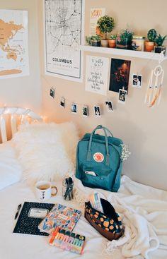 great room idea uploaded by Hayley Elkins on We Heart It Cute Room Ideas, Cute Room Decor, Room Design Bedroom, Room Ideas Bedroom, Bedroom Inspo, Bedroom Designs, Bedroom Decor, Study Room Decor, Cozy Room