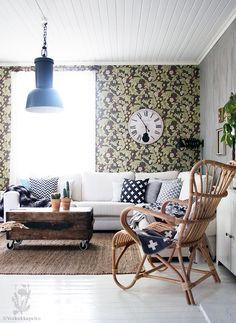 Voikukkapelto Entryway Bench, Sweet Home, Lounge, Rustic, Living Room, Modern, Inspiration, Furniture, Interiors