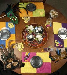 Crochet home decor for the kitchen table