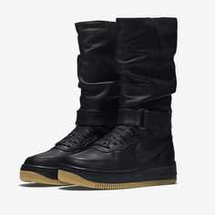Женские ботинки SneakerBoot Nike Air Force 1 Upstep Warrior