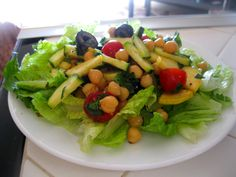 Amy's Nutritarian Kitchen: Mediterranean Garbanzo Salad #nutritarian #recipe #vegan