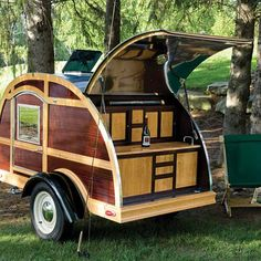 orvis custom teardrop camping trailer, we can dream. Small Trailer, Tiny Trailers, Vintage Trailers, Camper Trailers, Travel Trailers, Trailer Build, Vintage Caravans, Vintage Campers, Camping Car