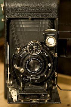 Voiglander Camera 120 Film