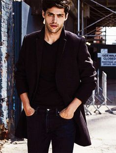 Matthew Daddario as Alec Lightwood Matthew Daddario, Dominic Sherwood, Cassandra Clare, Beautiful Men, Beautiful People, Pretty People, Shadowhunters Malec, Alec Lightwood, City Of Bones