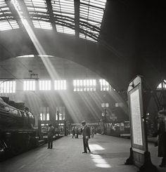 Sunlight streaming into a railway station, probably the Bahnhof Zoo terminal in Charlottenburg, Berlin 62606:2012.79.10 | Roman Vishniac Archive