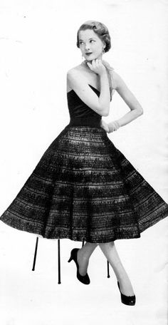 Vintage 50's Hairpin Lace Skirt PDF Pattern by DivineDigital, $3.25