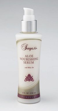 Aloe Nourishing Serum with white tea extract preserves and replenishes your skins moisture to help maintain its youthful appearance. Its lightweight formula is so smooth that it is effortless to apply. The combination of aloe, white tea extract, mimosa bark extract and antioxidants provide excellent protection from free radical damage. It makes a perfect base for the Aloe Balancing Cream. http://simonhilton.co.uk/aloe-nourishing-serum/