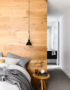 'Minimal Interior Design Inspiration' is a weekly showcase of some of the most perfectly minimal interior design examples that we've found around the web - all Home Bedroom, Modern Bedroom, Bedroom Decor, Minimal Bedroom, Bedroom Inspo, Interior Design Examples, Interior Design Inspiration, Design Ideas, Coastal Bedrooms