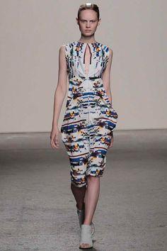 Zero + Maria Cornejo Spring 2014 Ready-to-Wear Collection Slideshow on Style.com
