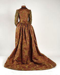 Evening dress Date: ca. 1886 Culture: American Medium: silk Accession Number: C.I.55.1.5a, b