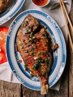 Pan Fried Fish – Chinese Whole Fish Recipe Pan fried whole fish is a dish commonly prepared by Chinese families. Pan fried fish is both simple to make and is a crispy, savory and delicious fish dish! Fish Recipes Pan, Whole Fish Recipes, Fried Fish Recipes, Seafood Recipes, Asian Recipes, Cooking Recipes, Ethnic Recipes, Recipes Dinner, Whole30 Recipes