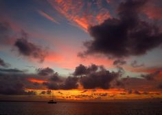 Daily Photo – August 5, 2016 Sunset over the Sea of Abaco, Green Turtle Cay, Abaco, Bahamas