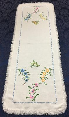 Here we have a Vintage Linen Hand Embroidered Table Runner with Pastel Flowers and Green and Gold Butterflies that measures 39 x see no problems with this runner. Doily Art, Pastel Flowers, Old Dressers, Vintage Linen, Green And Gold, Table Runners, Embroidery Patterns, Linens, Butterflies