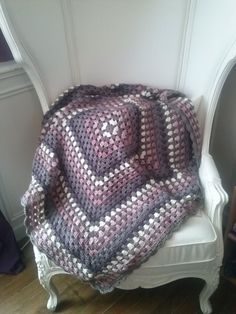 Love the colors in this Giant Granny Square Blanket