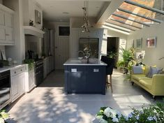 10 incredible kitchen extension ideas | Fifi McGee | Interiors + Renovation Blog Living Room Extension Ideas, Kitchen Extension Open Plan, House Extension Plans, House Extension Design, Glass Extension, Open Plan Kitchen Dining Living, Open Plan Kitchen Diner, Dining Room, Small House Renovation