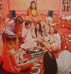 1968 Vintage Reel to Reel Tape Recorder Advertisement Teen Girl Slumber Party… Slumber Parties, Sleepover, Night Parties, Pyjama Party Fille, Tape Recorder, Cassette Recorder, Great Memories, The Good Old Days, Back In The Day