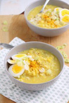 kerriesoep met rijst en ei Pureed Food Recipes, Soup Recipes, Vegetarian Recipes, Healthy Recipes, Vegan Recepies, Diy Food, Food Inspiration, Love Food, Food To Make