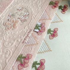 Bambu İğne Oyası Havlu Needle Lace, Elegant Table, Baby Knitting Patterns, Needlework, Quilts, Blanket, Crochet, Needlepoint, Dressmaking