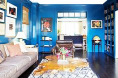 How to Decorate Using+a+Bold+Wall+Color+via+@domainehome